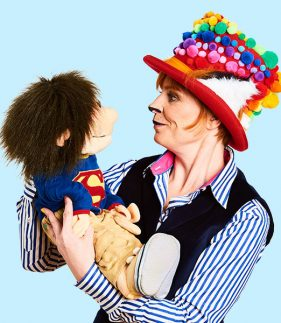 Pompom Kids entertainer for schools in Brighton